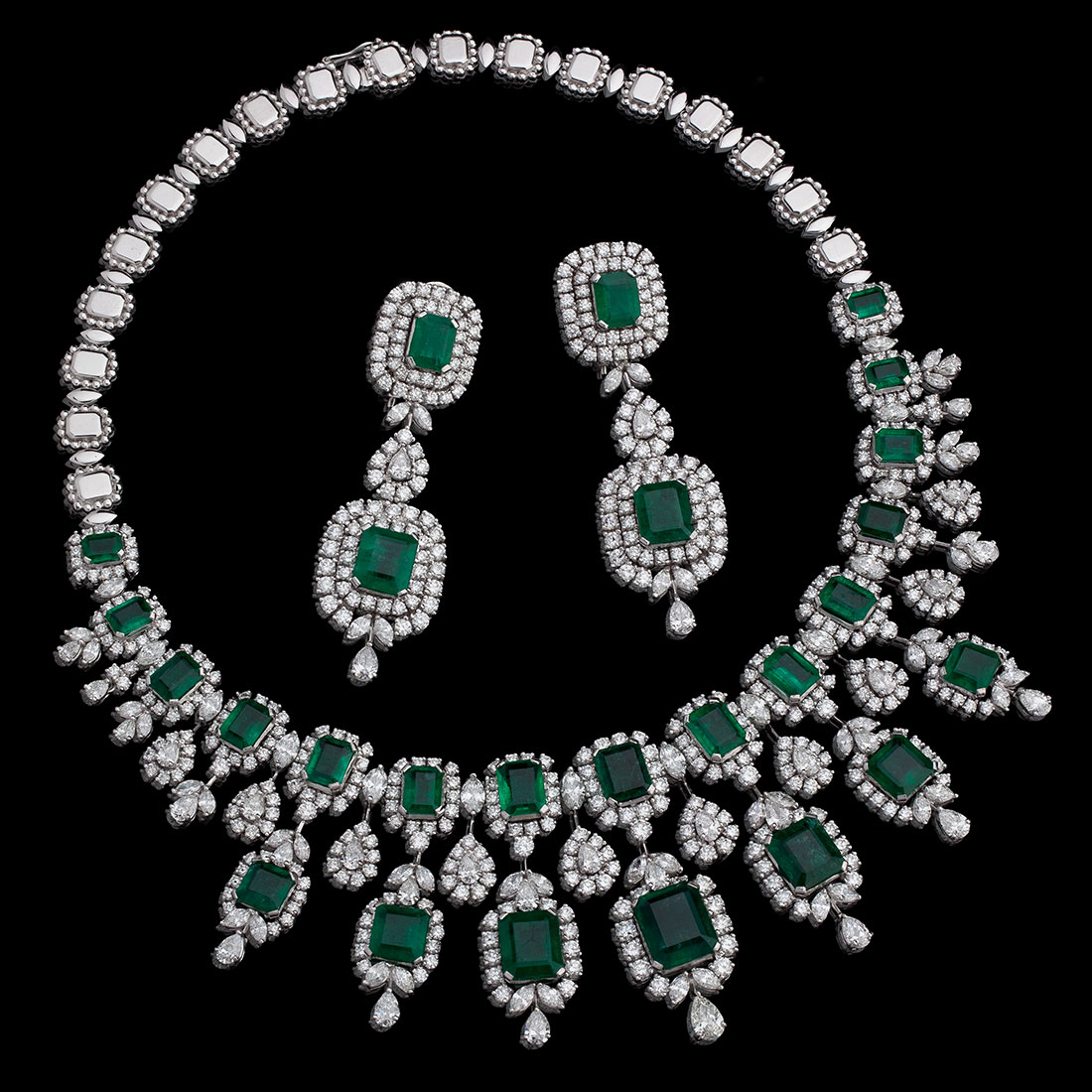 Diamond and Emerald Necklace with Earrings to match.