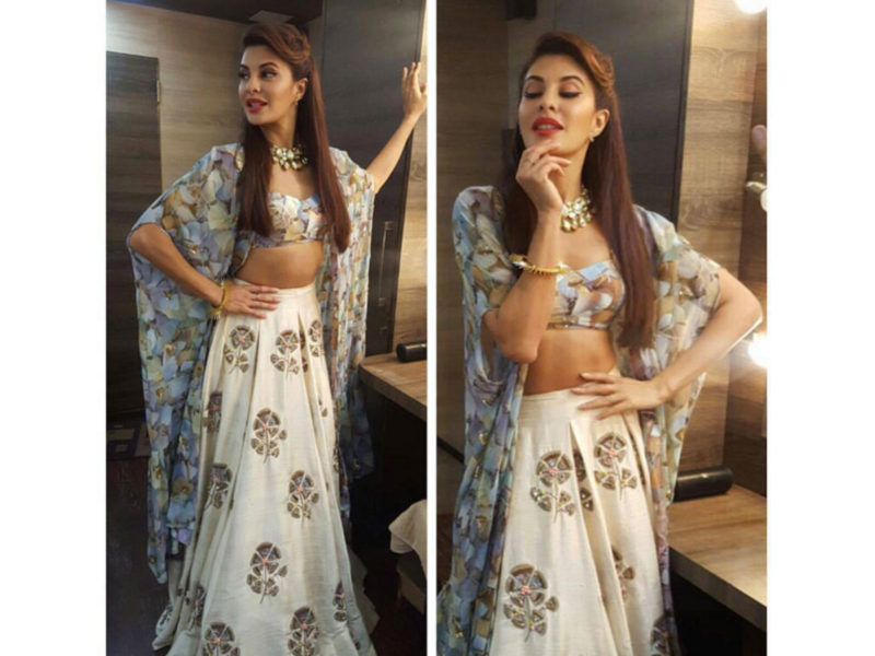Jacqueline Fernandez Adorns A Diamantina Jadau Necklace For Jhalak Dikhhla Jaa 2016